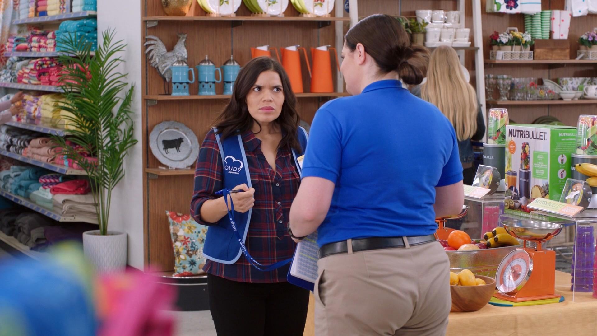America Ferrera, Kelly Stables, Nichole Bloom Superstore- S03E16