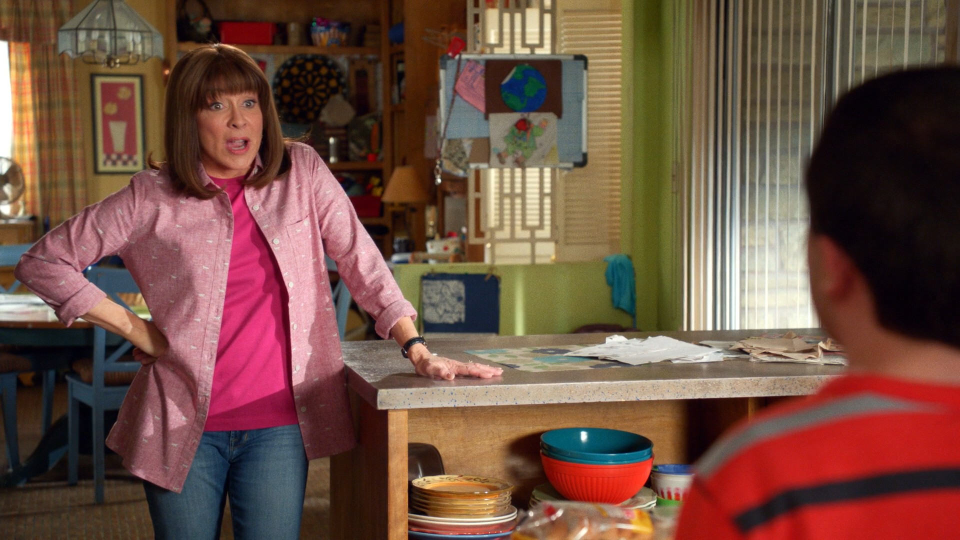 Eden Sher, Patricia Heaton Blue Jeans- The Middle S09E20