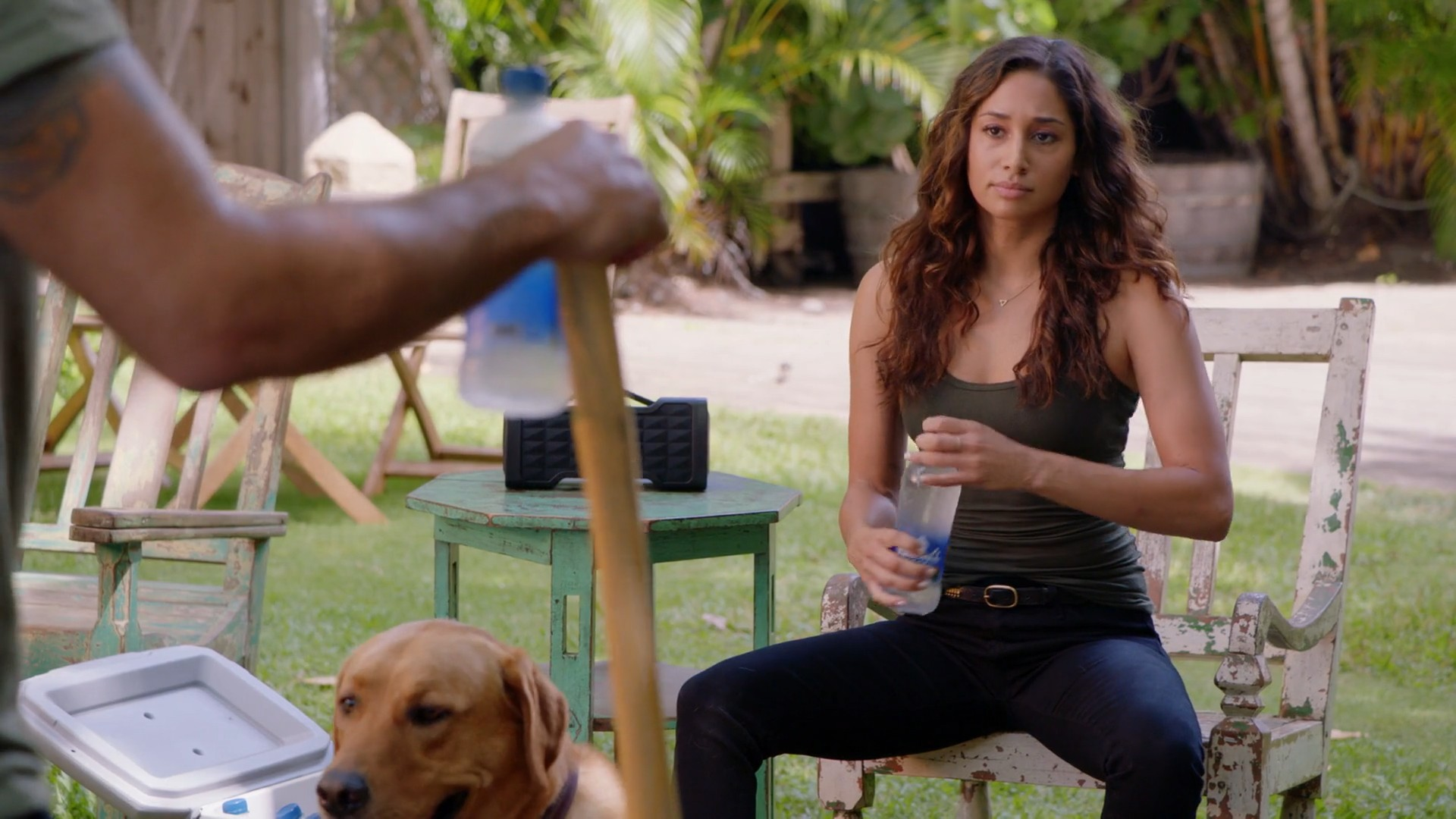 Meaghan Rath, Blue Jeans- Hawaii Five-0 S09E01(Season Premiere)