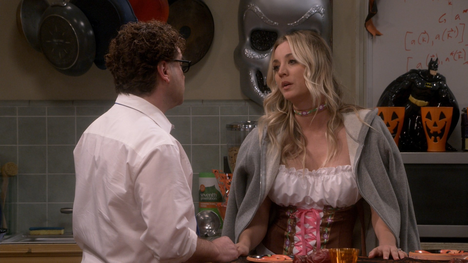 Kaley Cuoco, Melissa Rauch Big Bang Theory- S12E05-E06