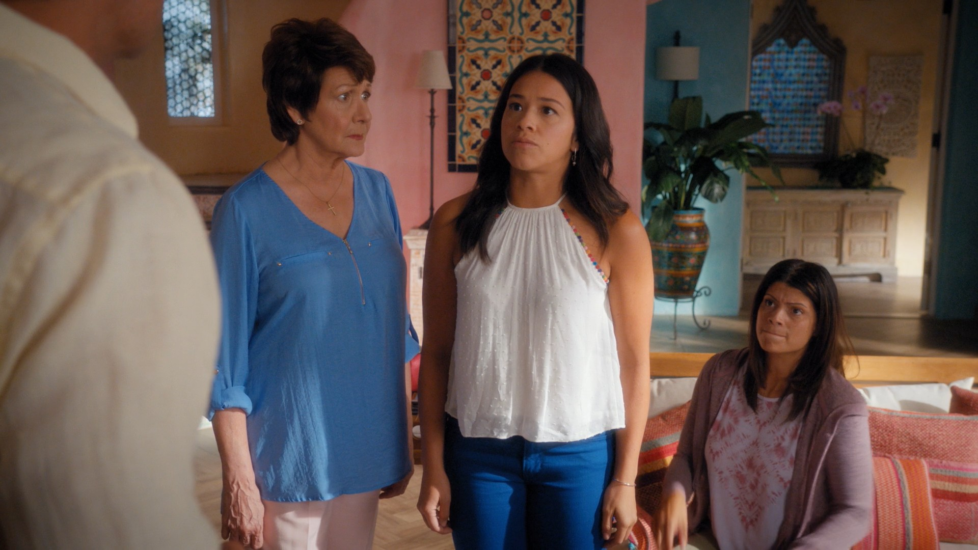 Gina Rodriguez, Yael Grobglas- Jane The Virgin S05E03