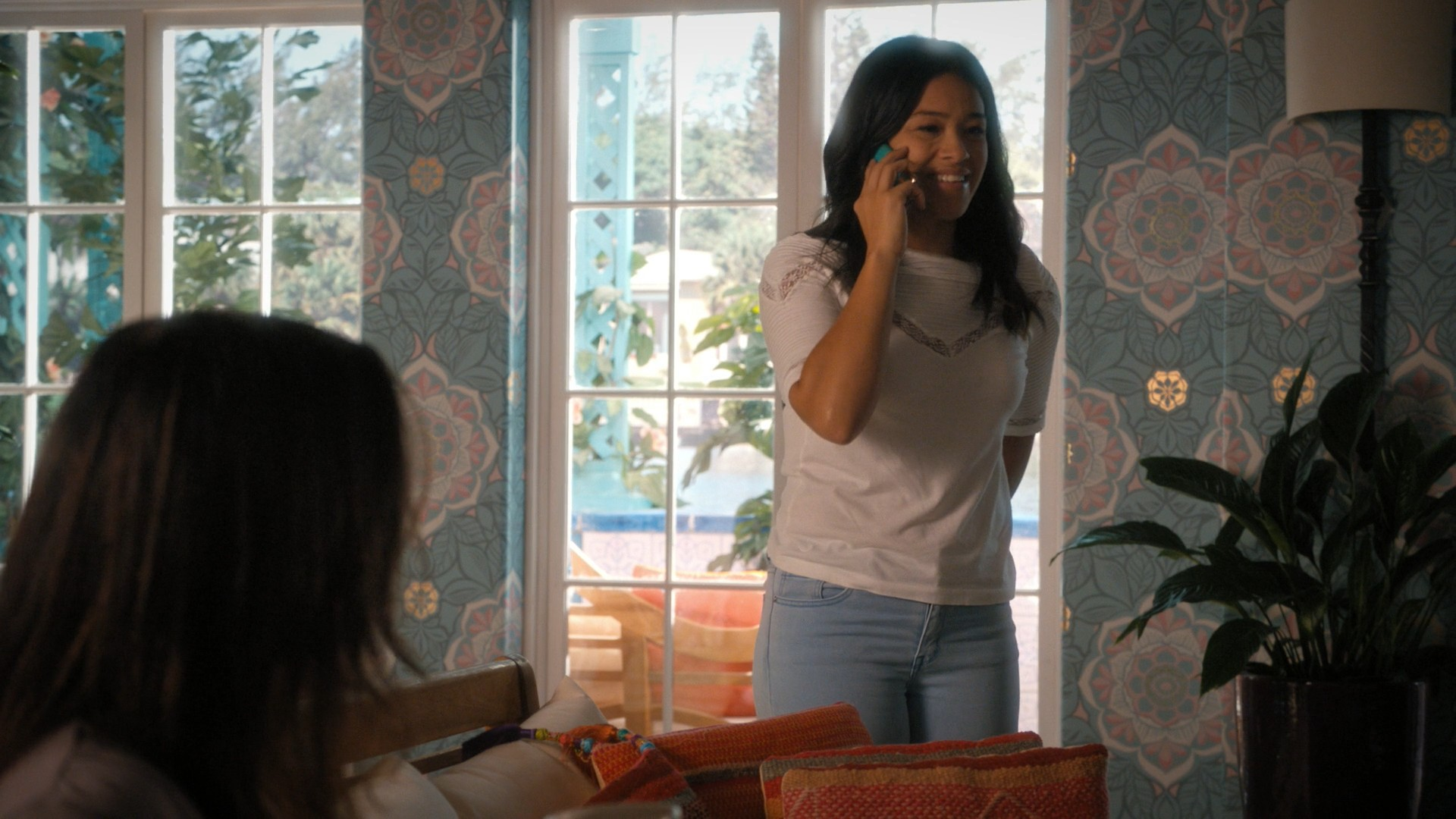 Gina Rodrigues- Jane The Virgin S05E02