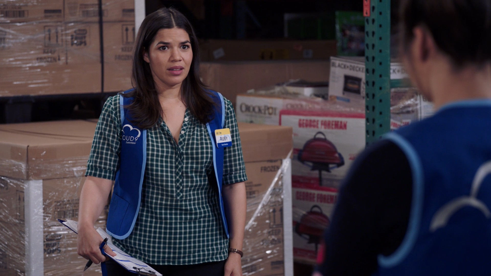 America Ferrera, Nichole Bloom- Superstore S04E04-E09
