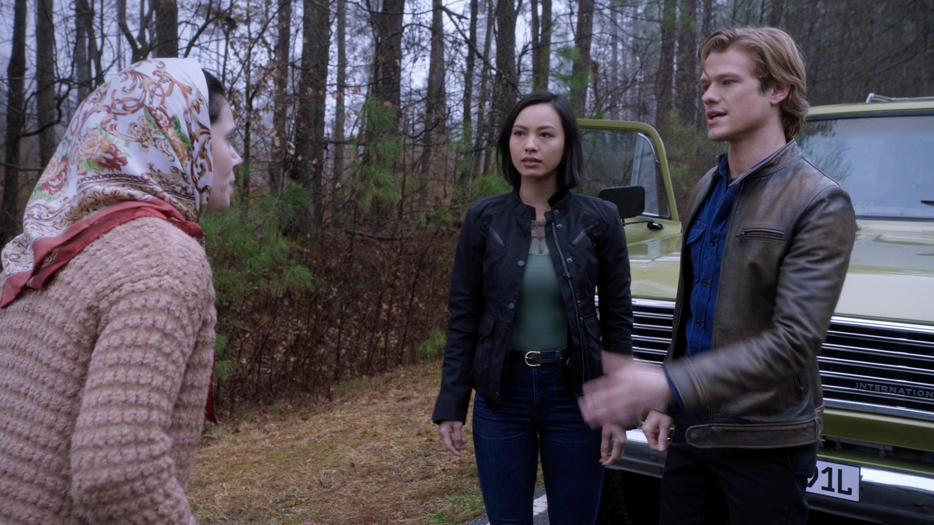 Tristin Mays, Meredith Eaton, Levy Tran- MacGyver S03E19
