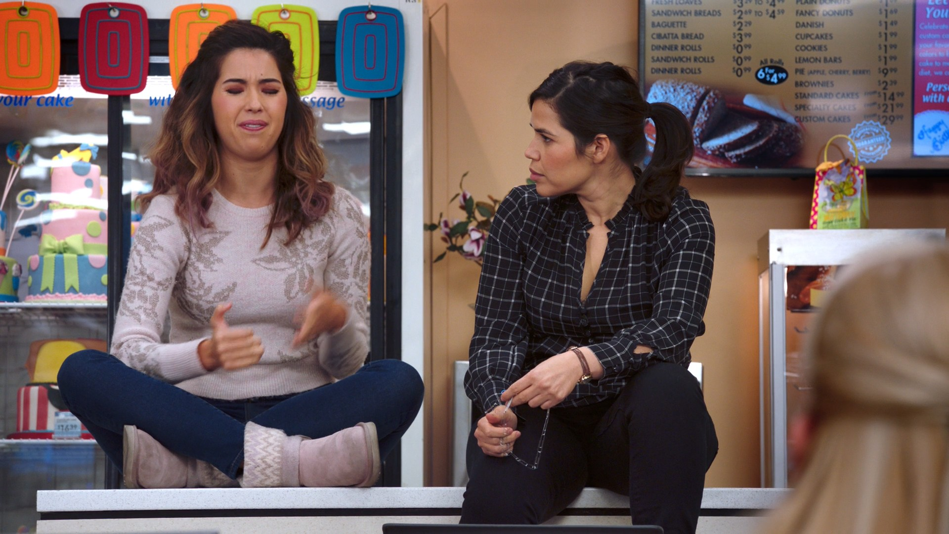 America Ferrera, Nichole Bloom- Superstore