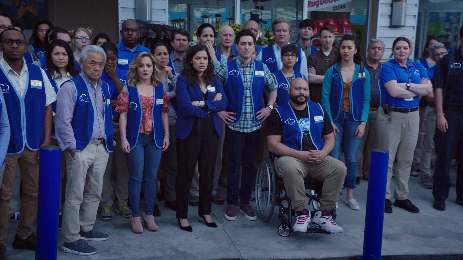 America Ferrera, Nichole Bloom, Kelly Stables- Superstore S04E21-E22 (Season Finale)
